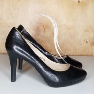 Tahari Gretta 8.5 m Black Pumps High Heels Shoes